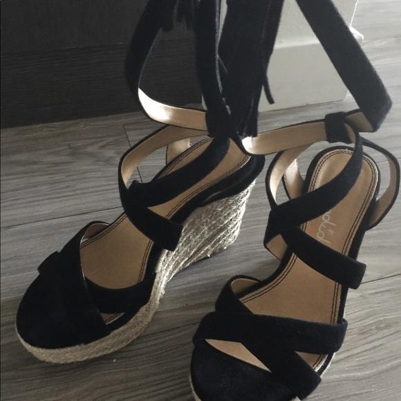 ab72d5c52e5 New Splendid Janice Espadrille Wedge Sandals